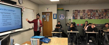 Amogh Gowda, a teenage Gift of Life volunteer, talks to driver education students about organ donation
